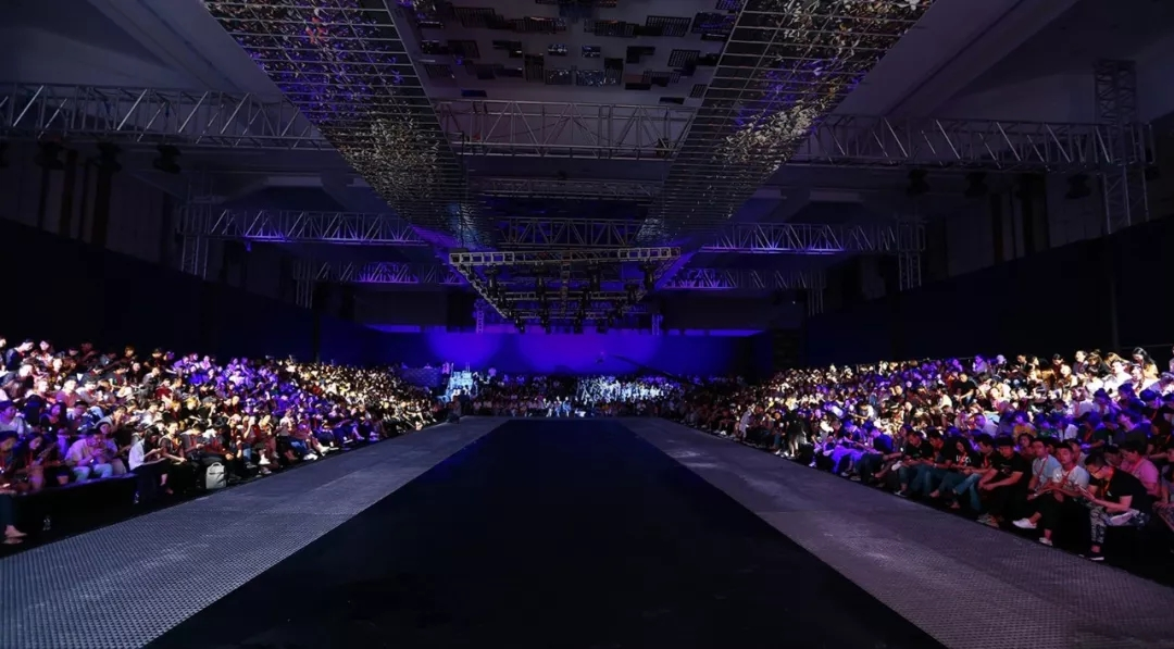 INLIFE 2018 FASHION SHOW FOR WINTER「浮光」[图2]
